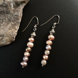 Jewelry - Lavender Pearl Dangling Earrings
